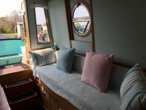 Forward Cabin single bed/sofa